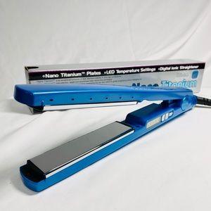 Babyliss Nano Titanium Ionic hair straightener